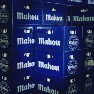 Caja de Botellines de Mahou en Madrid